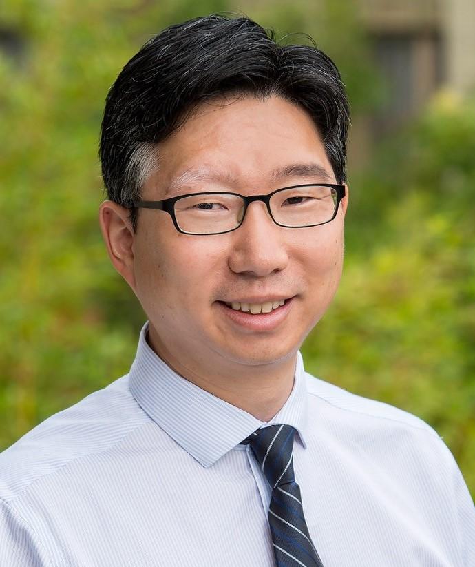 Headshot of Dr. Park